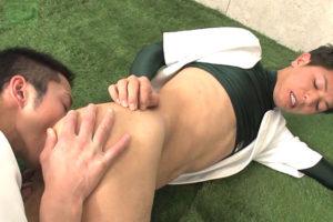 野球ユニ着たままイケメン2人の熱烈セックス!